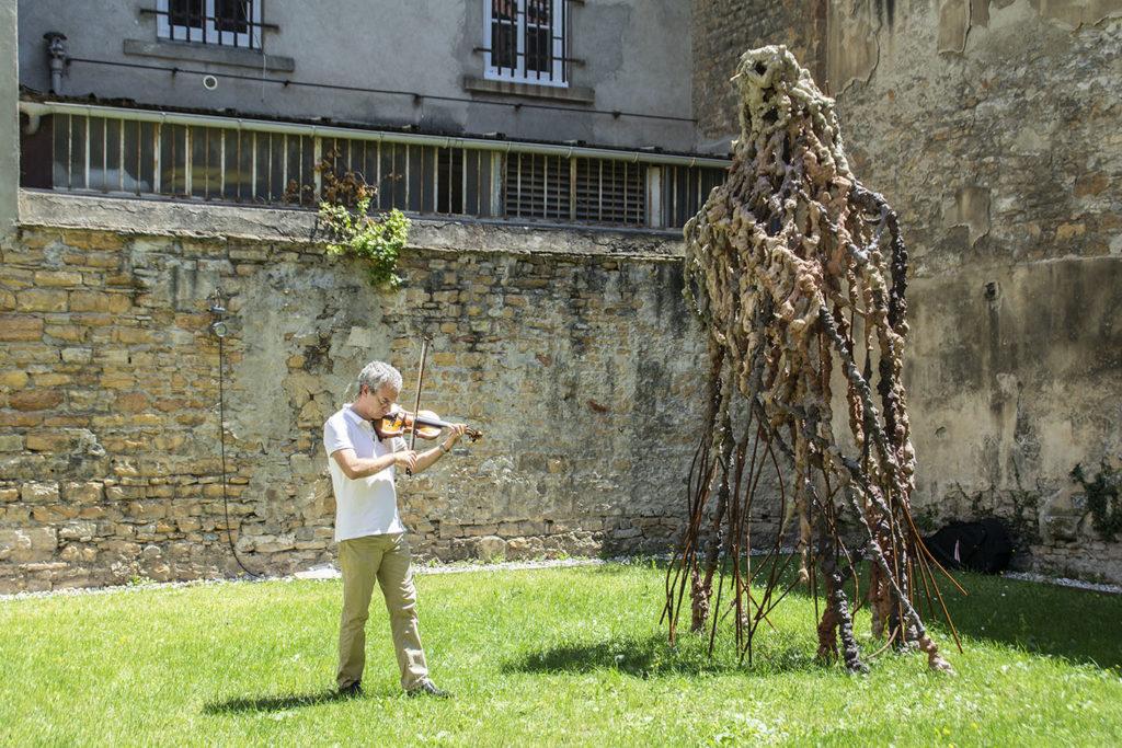 Concert de l'orchestre de l'Opéra de Lyon du 24 juin 2020 dans le jardin de la Fondation Bullukian © Fondation Bullukian