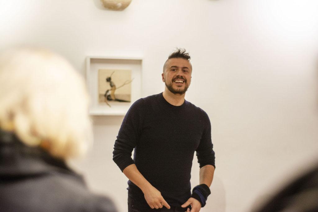 Rencontre avec l'artiste Andrea Mastrovito, 2020 © Fondation Bullukian
