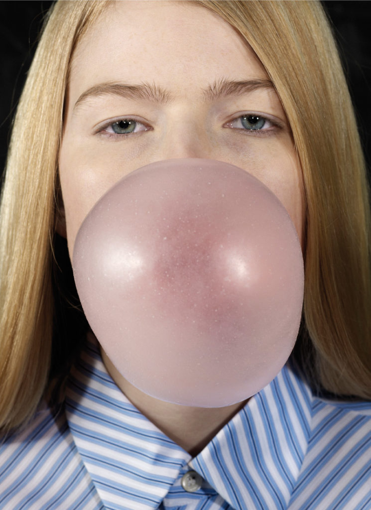 Louise Blowing a Bubble, 2011 ©Roe Ethridge