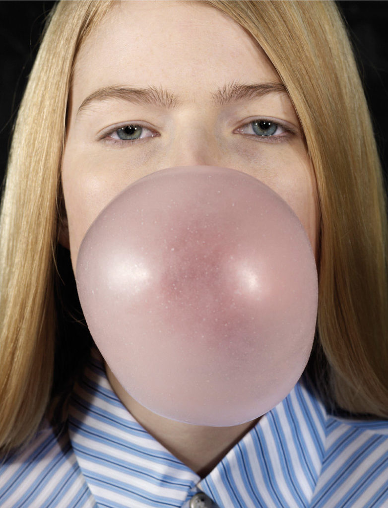 Louise Blowing a Bubble, 2011 ©Roe Ethridge